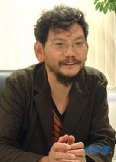EVA的监督,庵野秀明先生是Khara的创始人