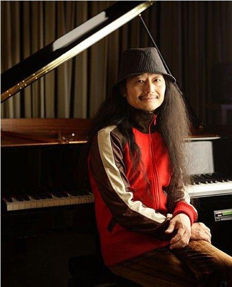 EVA的音乐制作人——鹭巢诗郎